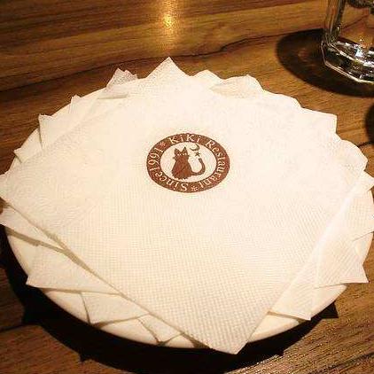 任翔:餐巾纸里出大生意