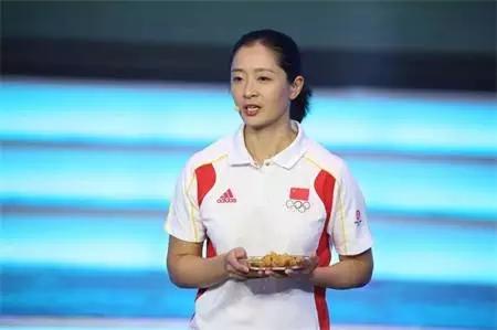 世界冠军张亚雯为涪陵榨菜代言
