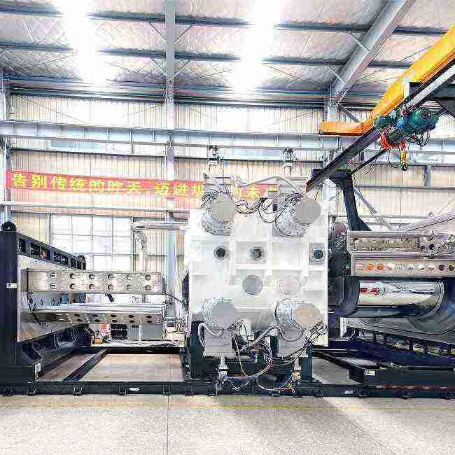 生产ITO柔性线路板,柔性太阳能板的卷绕镀膜机