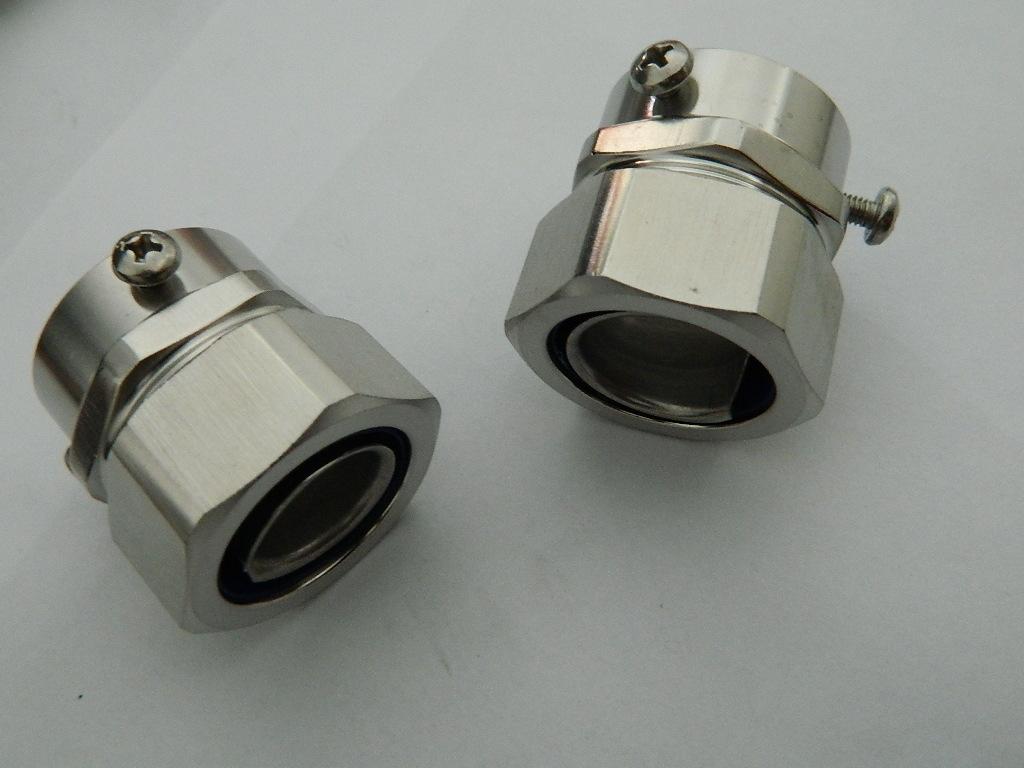 LTC-SK14锌合金钢管卡套接头: 三柱顶丝接头