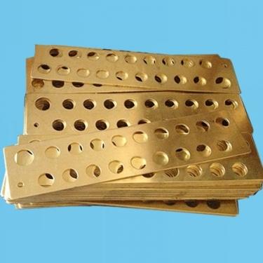 接线铜排铜板,紫铜排铜板加工,黄铜排铜板冲孔,嘉定铜排加工,昆山接线铜排加工