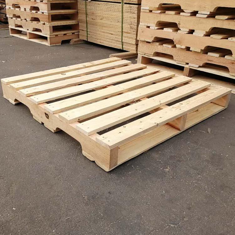 平度厂家供应松木托盘定制四面进叉样式多样