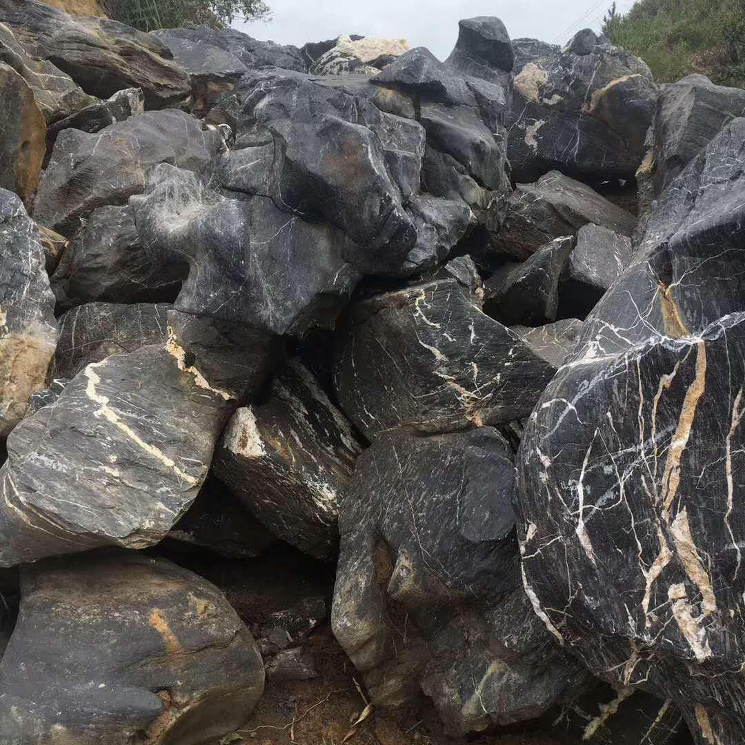 太湖石假山价格  天然太湖石产地 太湖石报价 太湖石多少钱一吨