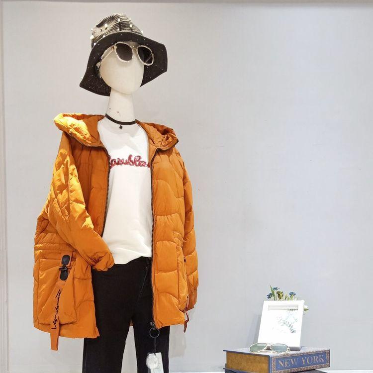 冰冰女装品牌折扣店羽绒服尾货剪标批发
