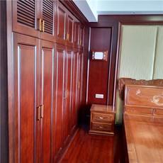 长沙整体实木家具选购技巧-实木橱柜-护墙板订制欢迎考察