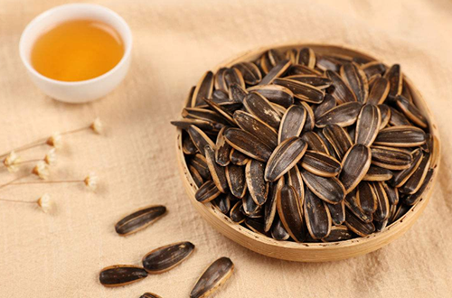 葵花籽网:冬天吃葵花籽的好处有哪些?