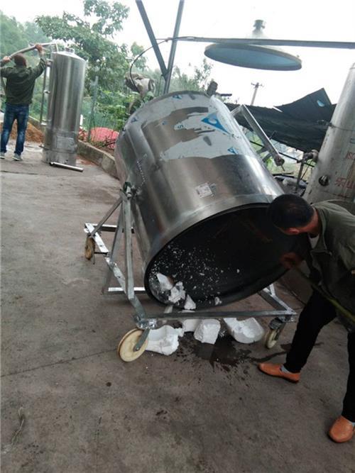 不锈钢酿酒设备批发_乐安不锈钢酿酒设备_一青免费传授酿酒技术