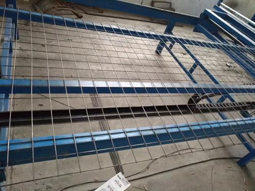 拓翔建筑网片专业生产(图),护栏网报价,护栏网