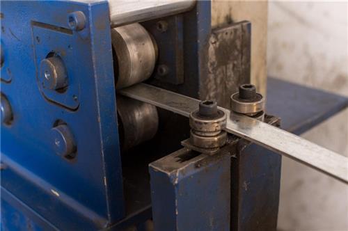 扁铁法兰机|蘑菇云智能装备(图)|扁铁法兰机生产